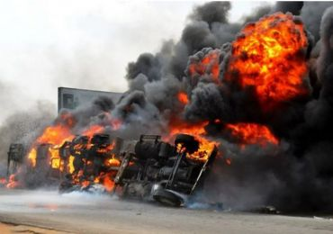 BREAKING NEWS - GAS TANKER EXPLODES IN IJU-ISHAGA, LAGOS
